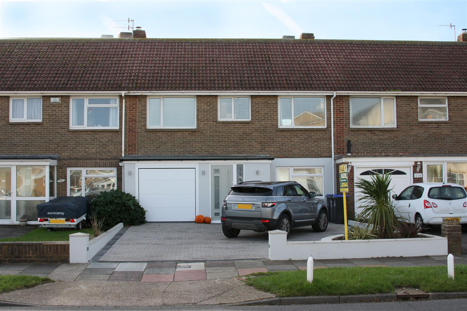 3 Bedrooms Terraced House for sale in Shoreham Beach
